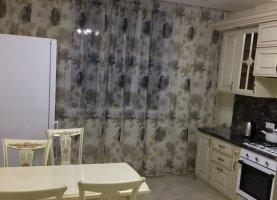 Снять - фото. Снять двухкомнатную квартиру посуточно без посредников, Дагестан, улица Азиза Алиева, 18 - фото.