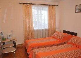 Снять - фото. Снять однокомнатную квартиру посуточно без посредников, Тюменская область, улица Чкалова, 17А - фото.