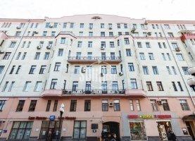Снять от хозяина - фото. Снять трехкомнатную квартиру на длительный срок от хозяина без посредников, Москва, улица Арбат, 51с1, ЦАО - фото.
