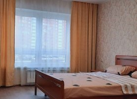 Снять - фото. Снять однокомнатную квартиру посуточно без посредников, Москва, улица Вертолётчиков, 4, метро Некрасовка - фото.